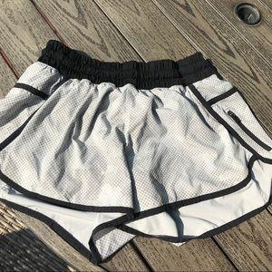 Lululemon Athletic Shorts SiZ 8 Black White & Grey